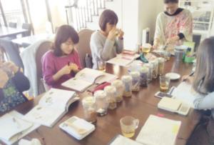 グリーントモ 沖縄でメディカルハーブ検定講座